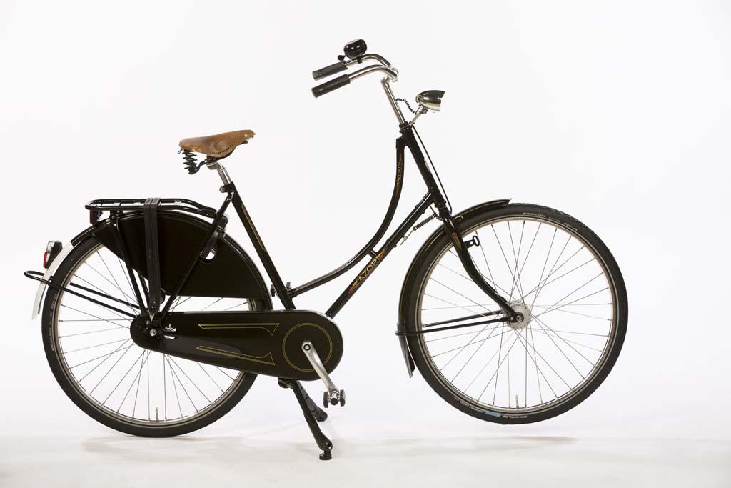 Premium Nostalgic Dutch Bicycle (Oma fiets) - Amsterdam Bicycle Company